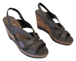 Impo Very Good Conditon Size 7.50 LIGHT BROWN Wedges