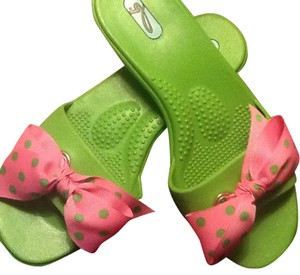 OKA b. B Sandals Green with pink green pola dot bows Flats