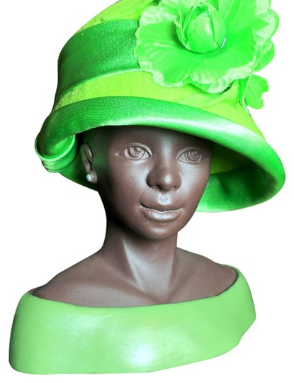 Preload https://item4.tradesy.com/images/other-confidence-sculpture-by-harriet-rosebud-lime-green-felt-with-satin-trim-and-flower-3101-5h-sistersoul-closet-3886393-0-0.jpg?width=440&height=440