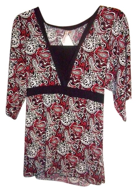 Item - Red Black and White Blouse Size 12 (L)