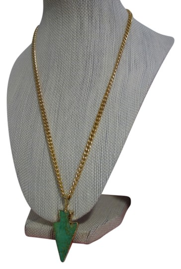 Preload https://item3.tradesy.com/images/turquoise-salomeh-druzy-arrow-necklace-3887647-0-0.jpg?width=440&height=440