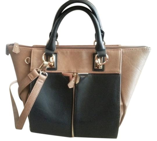 Preload https://item3.tradesy.com/images/danielle-nicole-alexa-taupe-and-black-leather-tote-3887992-0-0.jpg?width=440&height=440