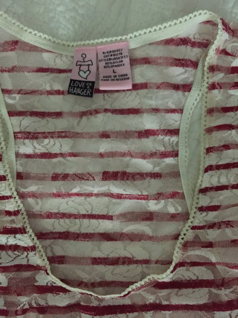 Love on a Hanger Lace Stripes Flowers Top red/wht