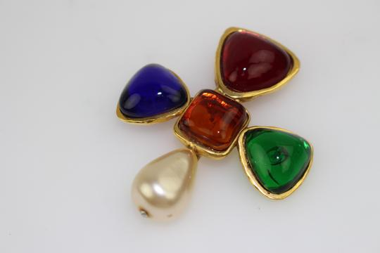 Chanel [SNOBSWAP 2014] Gripoix Multicolor Stone & Pearl Brooch CCEGR03