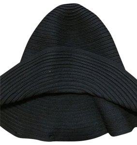 Claudia Richard Trendy Black Hat Size Small Claudia rapisarda