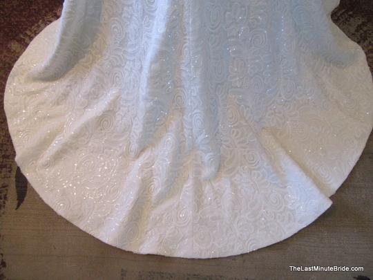 Essense Of Australia D1637 Wedding Dress