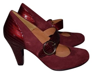 Eürosoft by Söfft Maroon Pumps