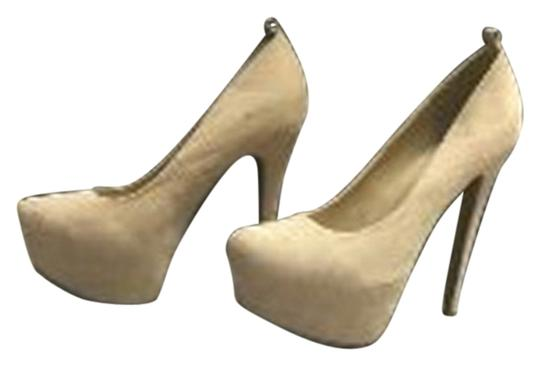 JustFab Stiletto Close Toed Tan Pumps