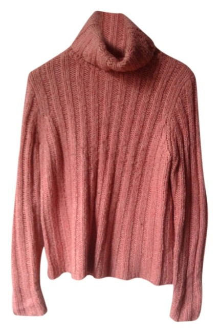 Preload https://item1.tradesy.com/images/h-and-m-pink-sweaterpullover-size-12-l-3890650-0-0.jpg?width=400&height=650