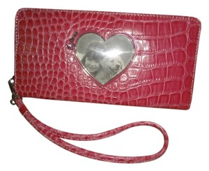Liz Claiborne Retro Candy New Condition Multi-pocket Wristlet in Pink