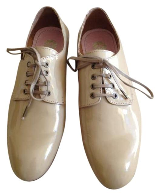 Item - Beige Lincoln Patent Oxfords Flats Size US 8