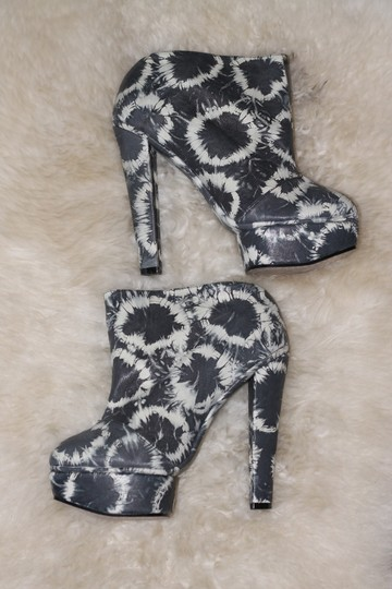 Senso Diffusion Nasty Gal Free People Solestruck Tie Dye Platform Ankle Gray Boots