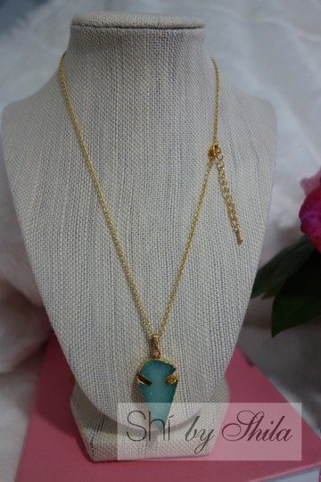 "Other ""Sela"" Natural Crystal Stone Necklace"