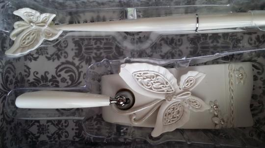 White Wedding Party Cake Serving Set Knife and Server Butterfly Handle + Butterfly Pen Stand Set
