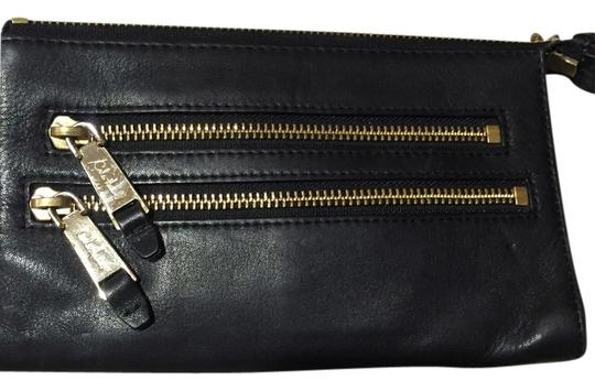 Preload https://item1.tradesy.com/images/cole-haan-black-leather-clutch-3893950-0-0.jpg?width=440&height=440