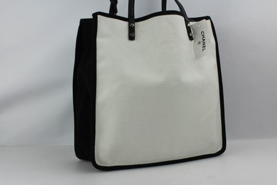 Chanel 5x5 5x5=cc Pavement Brand New Lets Demonstrate Tote in White