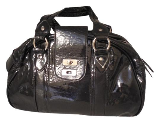 Preload https://img-static.tradesy.com/item/3897841/coach-black-leather-like-shoulder-bag-0-0-540-540.jpg