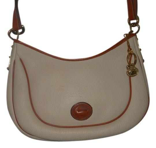Preload https://item5.tradesy.com/images/dooney-and-bourke-cream-with-brown-trim-leather-cross-body-bag-3897904-0-0.jpg?width=440&height=440