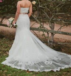 Pronovias Ivory Lace Balear Feminine Wedding Dress Size 8 (M)
