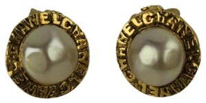 Chanel Chanel Pearl Earrings CCAV231