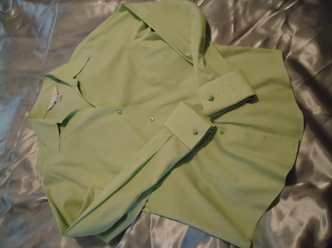 Casual Corner Top pale lime green