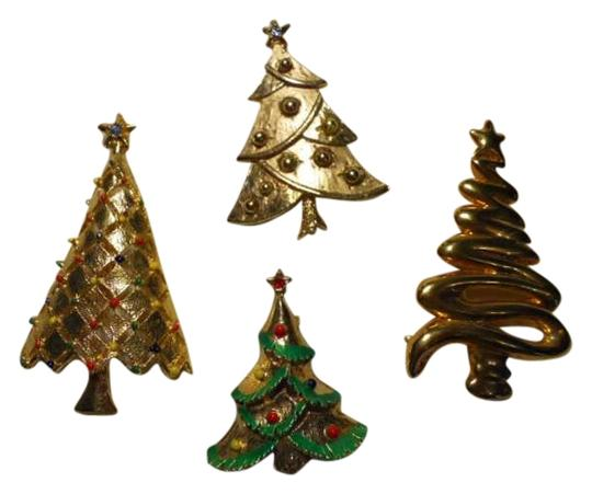 Other Christmas tree pin lot