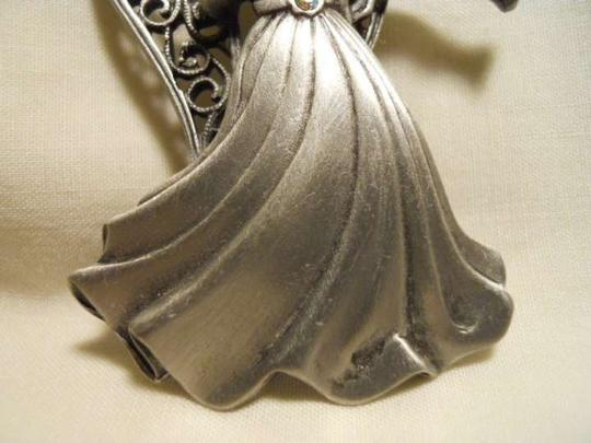Other JJ angel pin