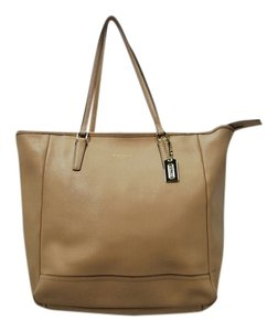 Coach Leather Tote in Tan