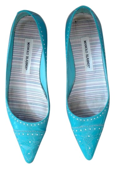 Preload https://img-static.tradesy.com/item/3905002/manolo-blahnik-blue-turquoise-patent-leather-flats-size-us-8-regular-m-b-0-0-540-540.jpg