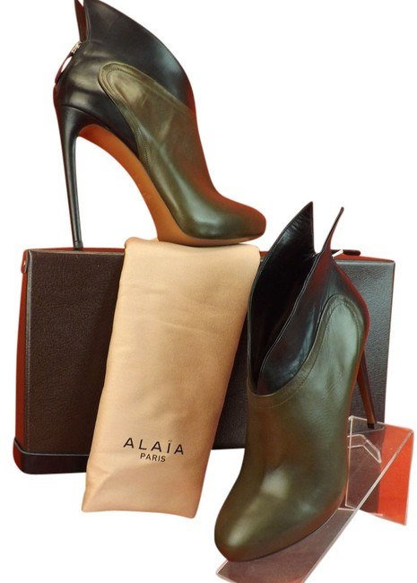 ALAÏA Green Two Tone Leather Winged Wings Platform Back Zip Ankle 9.5 Boots/Booties Size EU 40.5 (Approx. US 10.5) Regular (M, B) ALAÏA Green Two Tone Leather Winged Wings Platform Back Zip Ankle 9.5 Boots/Booties Size EU 40.5 (Approx. US 10.5) Regular (M, B) Image 1
