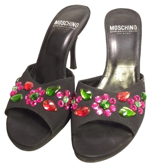 Preload https://item2.tradesy.com/images/moschino-black-cheap-and-chic-jeweled-sandals-size-us-8-regular-m-b-3906301-0-0.jpg?width=440&height=440