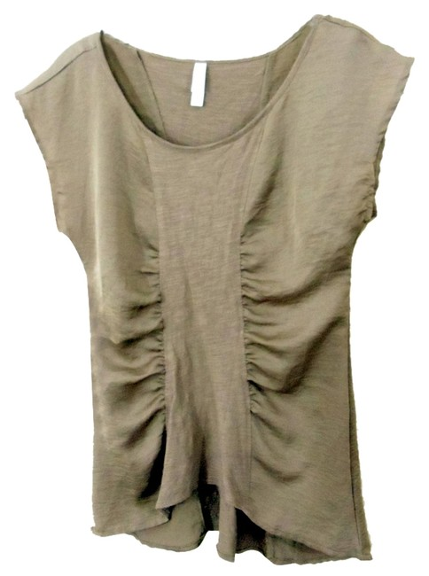 Preload https://item2.tradesy.com/images/xhilaration-taupe-sleeveless-pullover-asymetrical-tunic-size-6-s-3909211-0-0.jpg?width=400&height=650