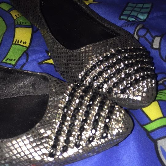 Style & Co Grey/silver Flats