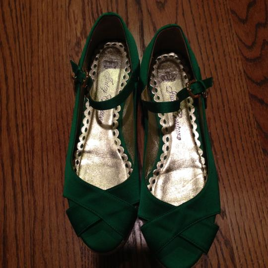 Juicy Couture Green Wedges