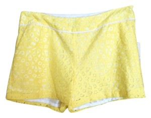 Kensie Shorts Yellow