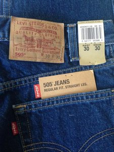 Levi's 505 Men Regular Straight Leg Jeans-Medium Wash
