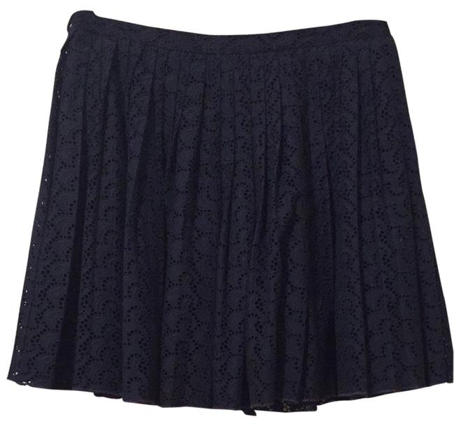 Preload https://item5.tradesy.com/images/tommy-hilfiger-navy-collection-eyelet-size-6-s-28-3915454-0-0.jpg?width=400&height=650