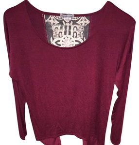 Charlotte Russe Top Burgendy/Champagne