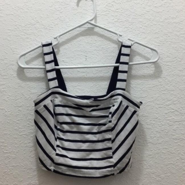 Preload https://item3.tradesy.com/images/forever-21-crop-tank-topcami-size-4-s-3917062-0-1.jpg?width=400&height=650