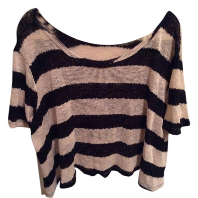 Preload https://item2.tradesy.com/images/black-and-white-striped-off-the-shoulder-sweaterpullover-size-4-s-3917821-0-0.jpg?width=400&height=650