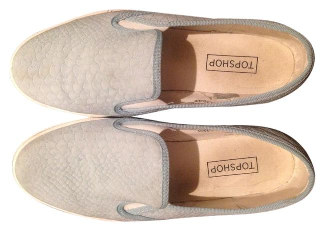 Item - Baby Blue Flats Size US 8.5 Regular (M, B)