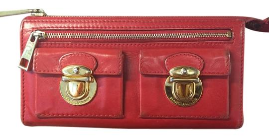 Preload https://img-static.tradesy.com/item/3920275/marc-jacobs-red-vintage-wallet-0-0-540-540.jpg