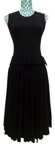 Calvin Klein Pleated Sleeveless Little Career Evening Elegant Chic Classic Fashion Designer Dress