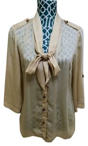 Daisy Fuentes Button Down Button Down Shirt Beige