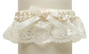 Mariell Ivory Lace Wedding Garter with Satin Band with Pearl Heart 3768G-I