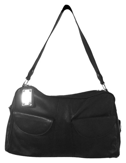 Preload https://img-static.tradesy.com/item/3922318/i-santi-leather-black-shoulder-bag-0-0-540-540.jpg