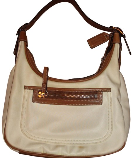 Preload https://item3.tradesy.com/images/coach-cream-and-tan-leather-cloth-hobo-bag-392332-0-0.jpg?width=440&height=440