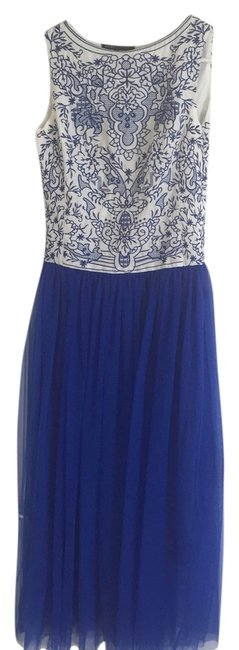 Item - Blue and White Long Formal Dress Size 4 (S)
