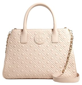 Tory Burch Quilted Quilted Marion Tote in Light oak Pinks