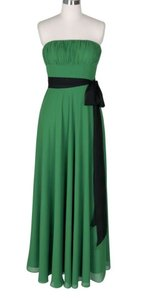 Green Chiffon Strapless Long Pleated Bust W/ Sash Size:xs Formal Bridesmaid/Mob Dress Size 2 (XS)